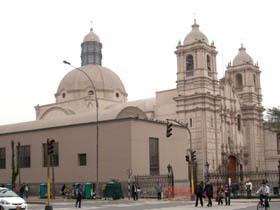 Iglesia y Monasterio de Las Nazarenas (Iglesia del Santo Cristo de Los Milagros / Monasterio de Las Descalzas Nazarenas de San Joaquin)