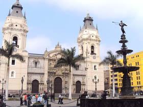 Basilica Catedral E Iglesia del Sagrario