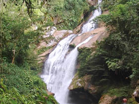 Cascada de Tununtunumba
