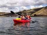 es apto para todas las edades en Kayaking en el Lago más Alto del Mundo: Titicaca
