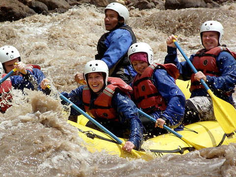 Rafting and Canoeing in the Urubamba River + Lunch