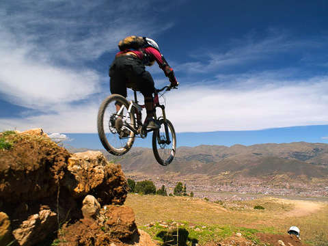 Pro Downhill Bike: Yuncaypata Route