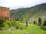 Foto de Full Day: Biking en el Valle Sagrado de los Incas [Extremo]
