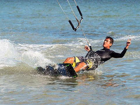 Kitesurfing en Paracas (Curso Completo)