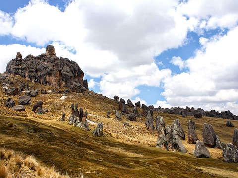 2d/1n Trekking en los Bosques de Piedras de Huayllay