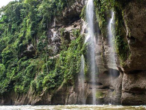 2d/1n Cataratas del Breo y Sus Maravillas