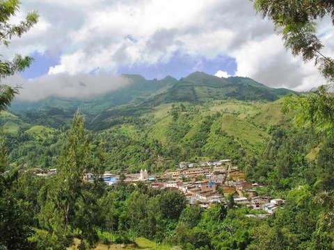 Canchaque, la Suiza Peruana: 3d/2n Transporte y Alimentación