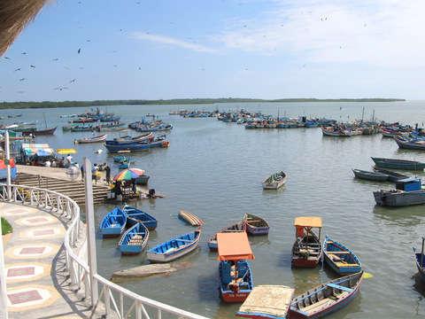 Puerto Pizarro y Playa