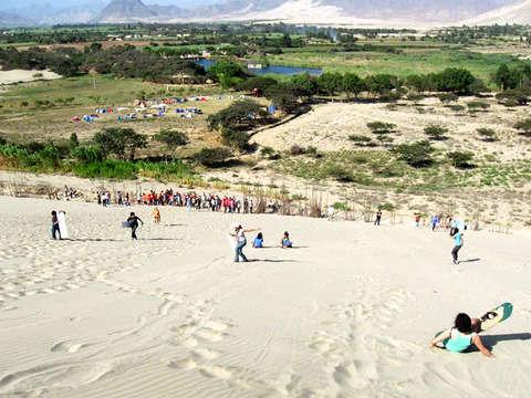 Laguna de Conache Sandboarding + Horse Show Paso