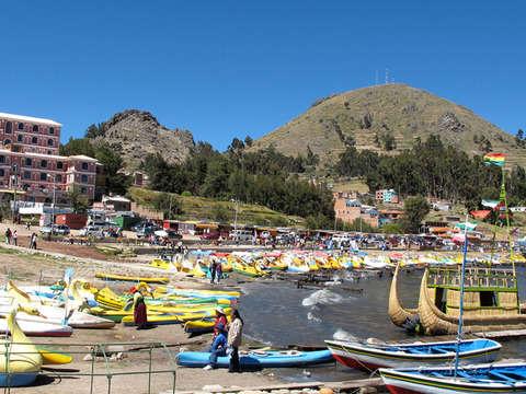 Amanecer Amantani Lago Titicaca Peru Bolivia 4d/3n