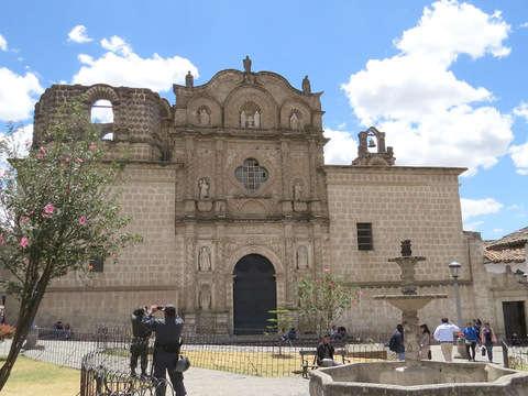 3d/2n Cajamarca Colonial