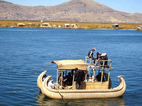2d/1n Puno: Visita las Islas del Lago Titicaca