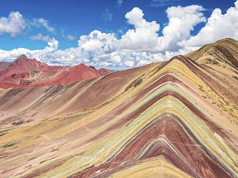 Tour a la Montaña Arcoíris, Montaña de Colores o Vinicunca.