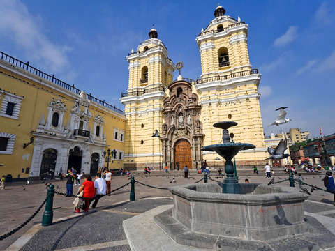 City Tour Lima + Preparación y Degustación de Pisco Sour