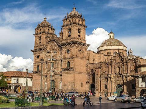 Cusco - Visita Machupichu, Puno y el Lago Titicaca Hotel 2*
