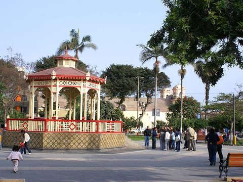 Fiestas Patrias+Chancho Al Palo en Huaral 28 y 30 Julio