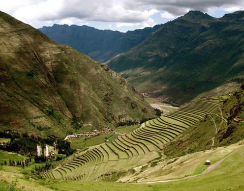 3d/2n Tour Machu Picchu Solo Peruanos