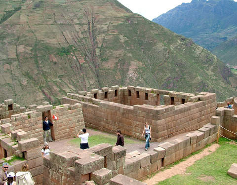 5d/4n Cusco - Machu Picchu, Hostal Backpacker