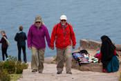 Caminata en la Isla de Taquile en Lago Titicaca Encantador