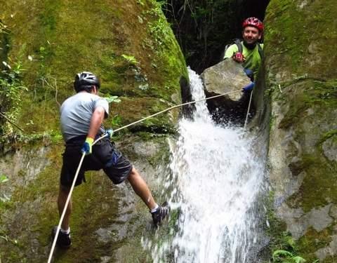 Barranquismo y Trekking - Bosque de Cataratas Gigantes