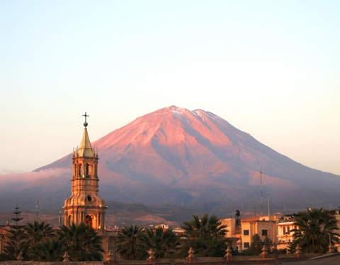 Aventura en Arequipa y Colca - 4d/3n