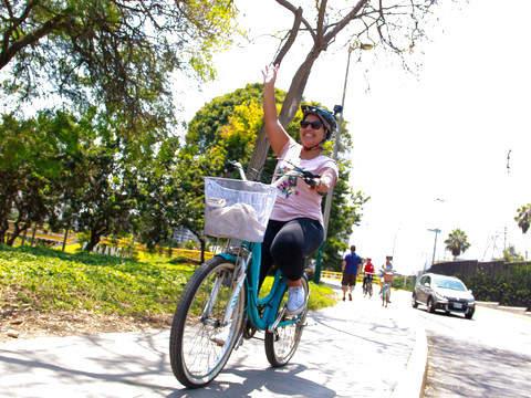 Bohemian And Beach Tour (Bike Tour)