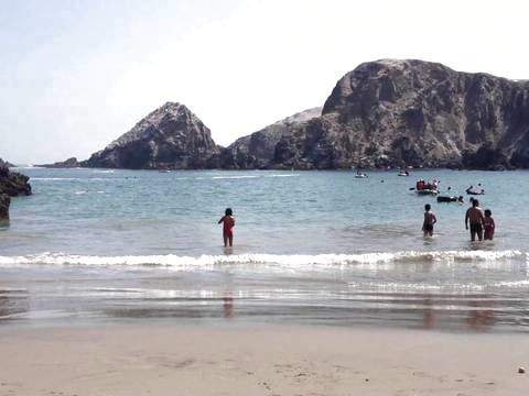 Beaches of Mollendo - 2d / 1n