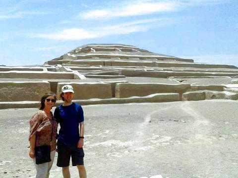 Pyramid of Cahuachi Tour