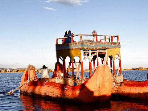 Shared Tour to the Uros, Taquile and Amantani - 2d / 1n.