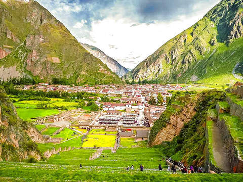 Tour to the Sacred Valley of the Incas (Shared Service)