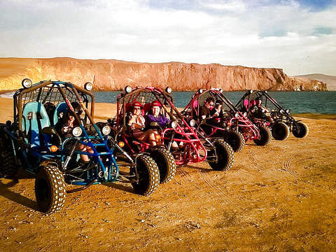Minibuggies in the Paracas National Reserve