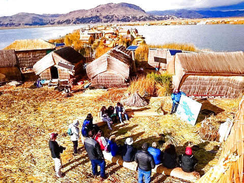 Puno + Islands of Lake Titicaca - Vivencial Tour - 2d / 01n.