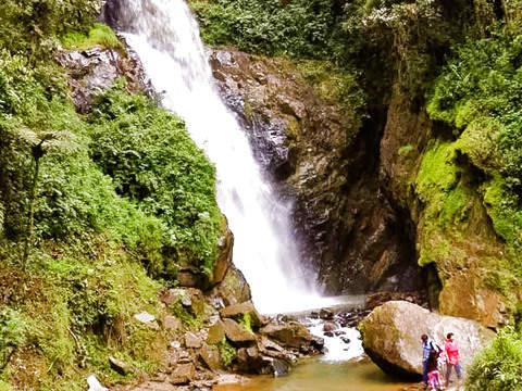 San Andres Waterfall - Jaén