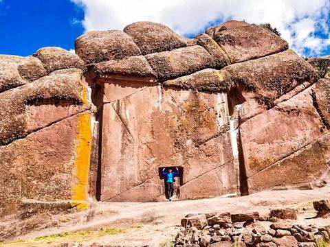 Aymara Route: Puno - Pomata