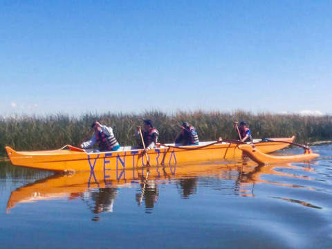 Polynesian Canoes in the Titicaca