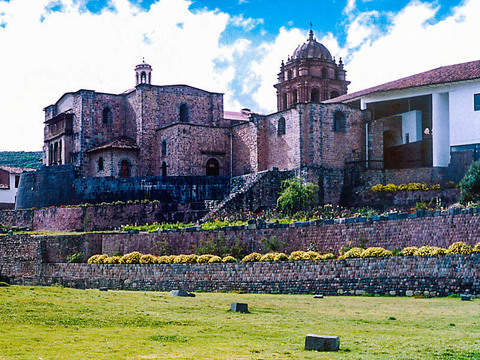 City Tour in Cusco: 4 Ruins + Cathedral + Qoricancha