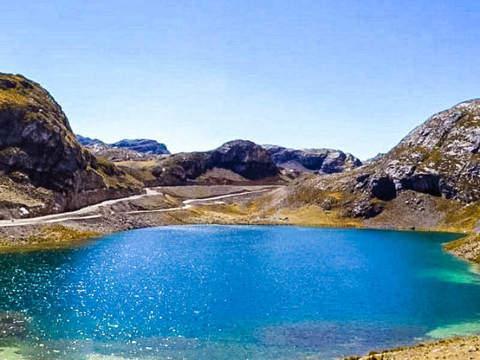 Cordillera de la Viuda, Canta más Laguna Chunchun