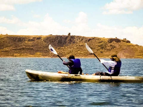 Kayak and overnight in Amantani - Taquile (2d / 1n)