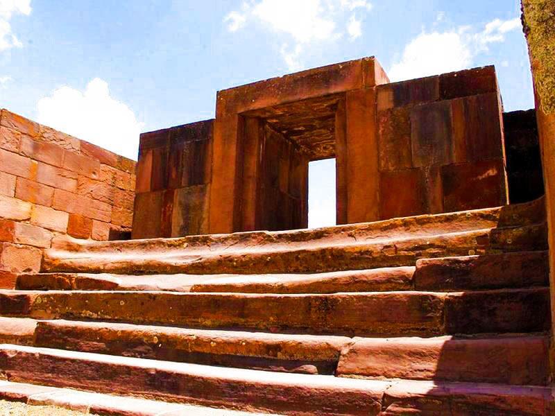 Tour a Full Day Puno – Tiahuanaco (Standar) - Turismoi.com