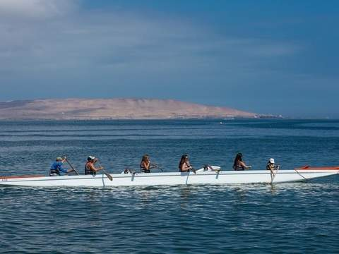 Outriggers at Paracas bay