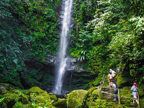 Enjoy the Ahuashiyacu Waterfall